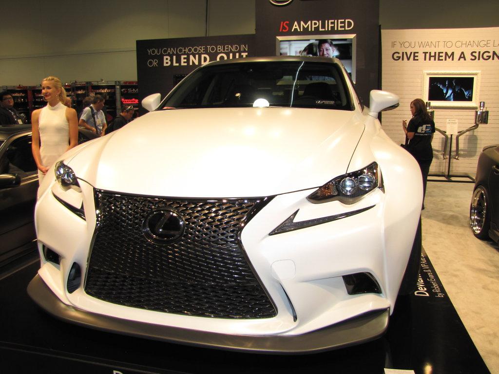 Lexus-ISF-Aerodynamic-Front.JPG
