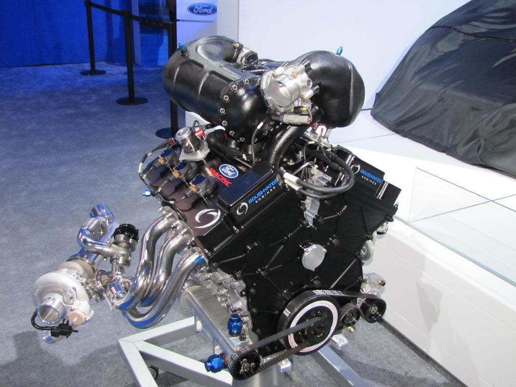 Ford-3-Cylinder-Engine1.JPG